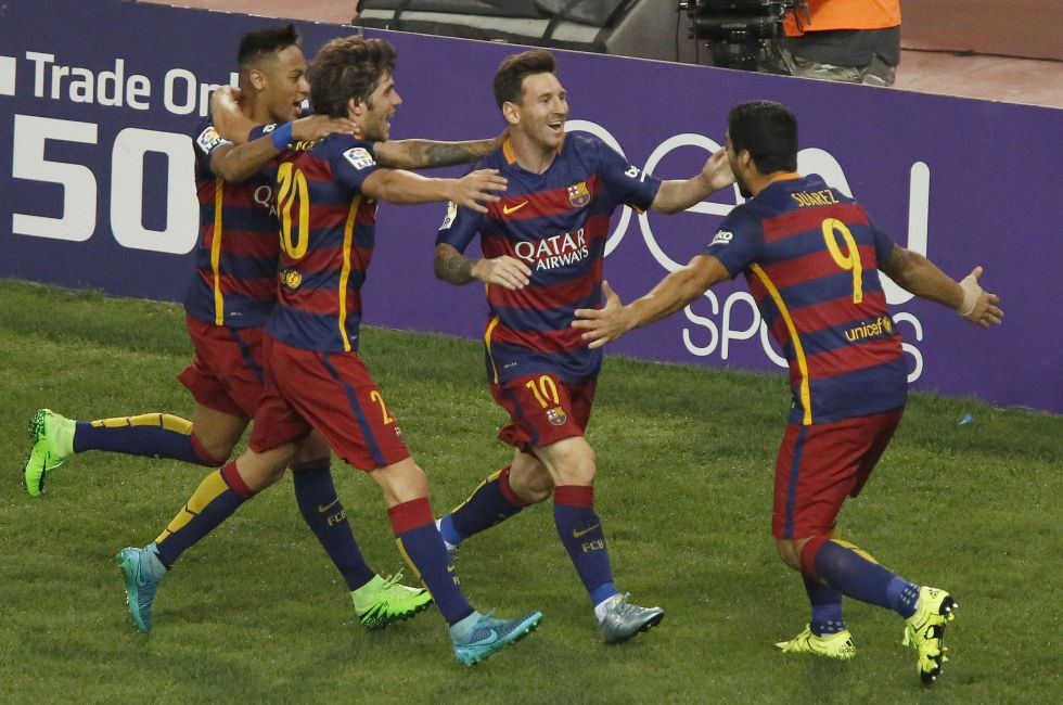 ¿ Cuál es el coste de la masa salarial de los jugadores del FC Barcelona los últimos años ?